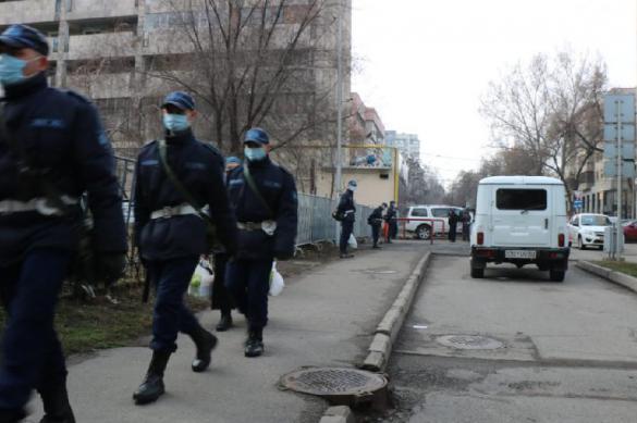 Еще более сотни врачей в Казахстане подхватили коронавирус