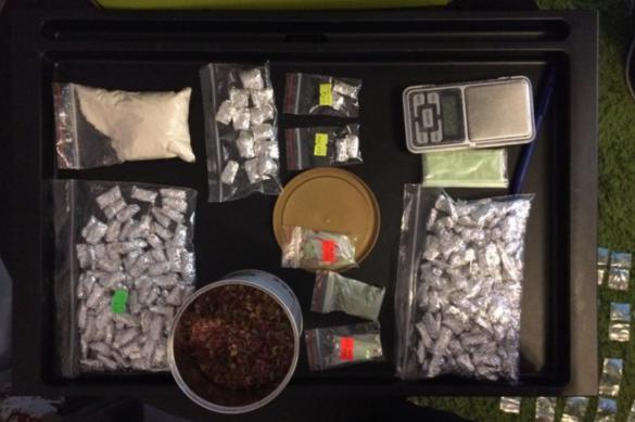 Четырнадцать человек ждет суд за торговлю наркотиками в Новосибирске