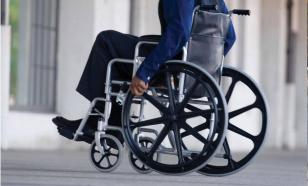 В Омске осудили двух мужчин и женщину, грабивших инвалидов