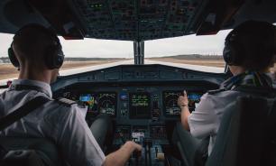 Ушедший на пенсию пилот испортил напоследок самолет