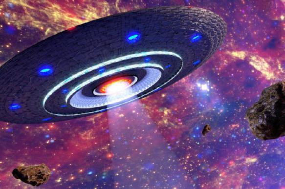"""Скотт Уоринг обнаружил """"живой"""" НЛО возле космического корабля Atlantis"""