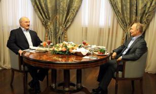 Путин и Лукашенко поздравили друг друга с Днем единения народов