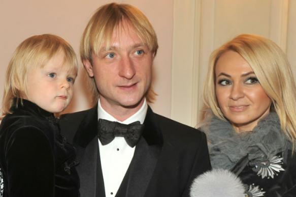 Яна Рудковская прокомментировала слухи о серьёзной болезни сына