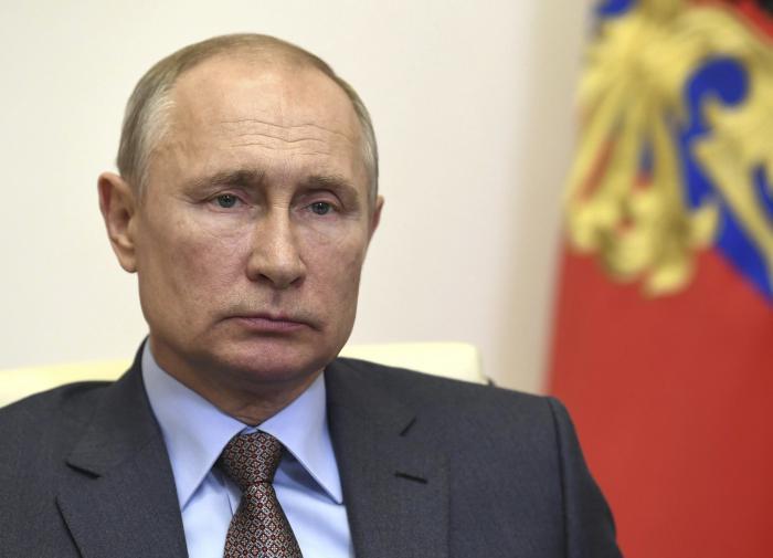 """Путин запретил """"накручивать явку"""" на голосование по Конституции"""