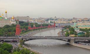 Спасатели вытащили утопающего из Москвы-реки