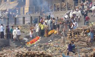 В Индии женщина встала на собственных похоронах