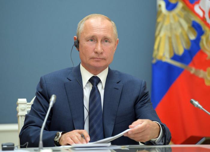 Путин поручил придумать, в какие проекты можно залить деньги из ФНБ