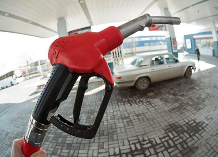 """""""К взлёту готовы"""": к проблемам россиян добавится рост цен на топливо"""