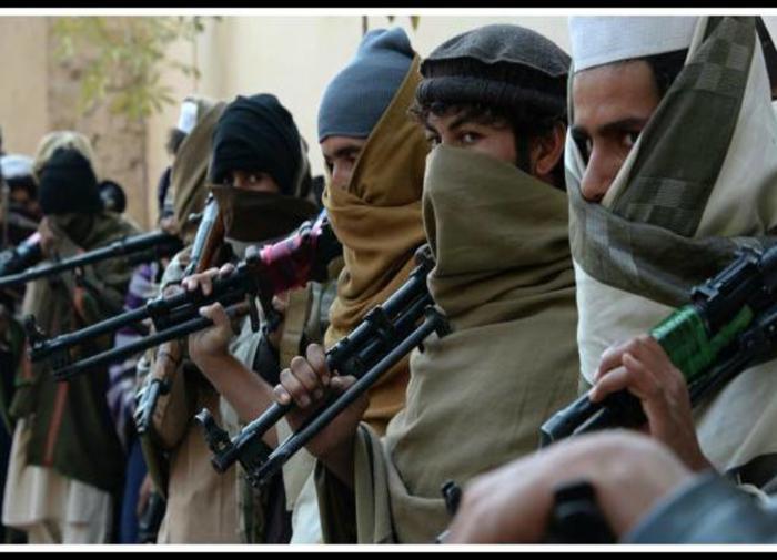 Американские военные застрелили двух афганцев