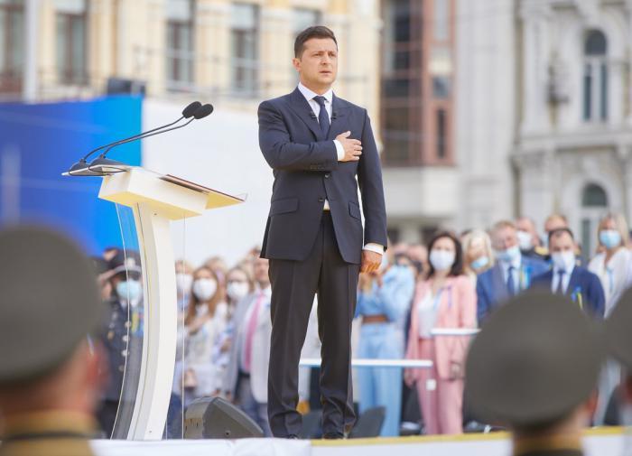 """Зеленский объяснил, на каких условиях Киев согласен с запуском """"СП-2"""""""