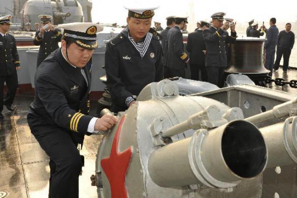 Китай играет мускулами: учения ВМФ КНР накануне манёвров США и их союзников