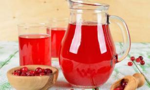 Простудное меню: пьем целительные морсы