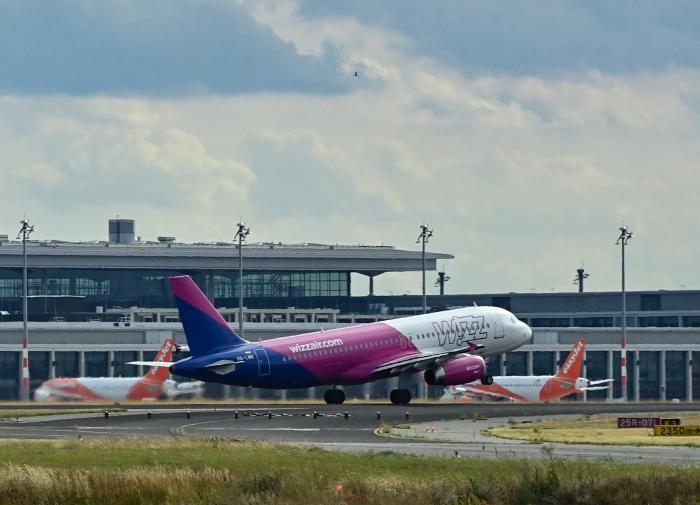 Российские самолёты начали летать мимо Белоруссии