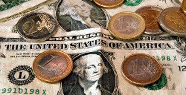 За долги по ЖКХ лишь в Москве с зарплатных карт и кредиток уже списаны 168 млн рублей