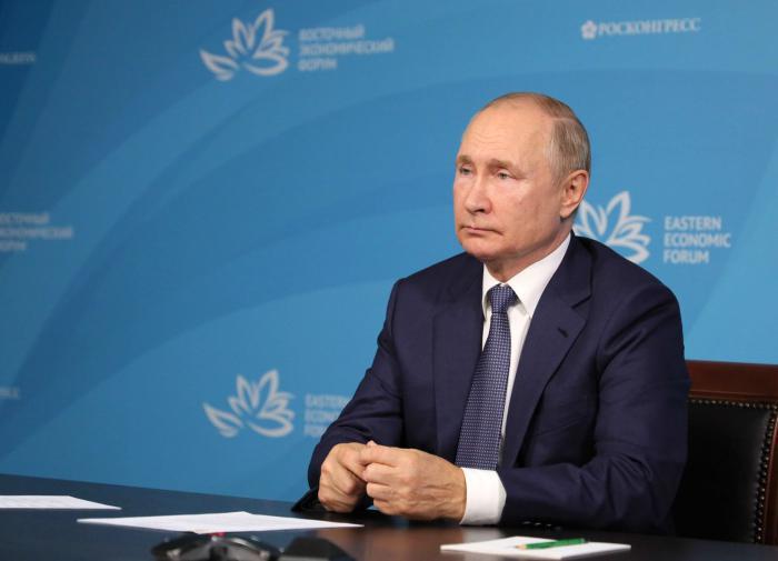 Собчак прокомментировала уход Путина на самоизоляцию