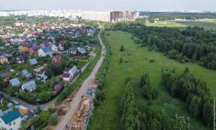 Поселок Щербинка поделят в июне