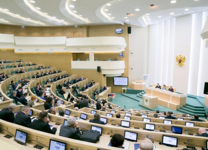 Совет Федерации предлагает ужесточить наказание за серые зарплаты