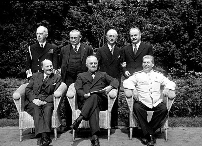 Мир на грани войны: годовщина Потсдамской конференции