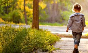 Дети становятся близорукими, потому что мало гуляют на улице
