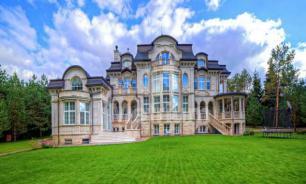 Элитные коттеджи Рублевки подешевели на треть