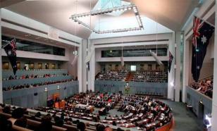 Суть конфликта в правительстве Австралии: прежний министр критикует нынешнего - эксперт