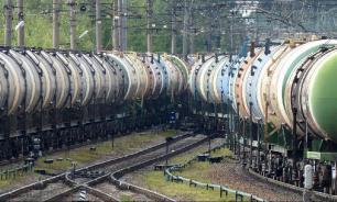 Пять цистерн с топливом сошли с рельсов в Санкт-Петербурге
