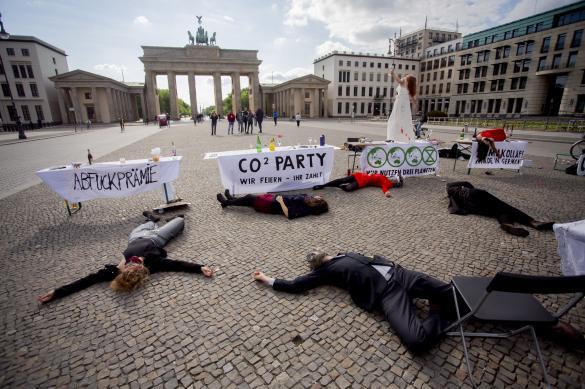 Число коронавирусных больных в Германии превысило 163 тысячи человек