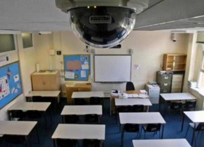 Эксперт: у камер в школах есть и плюсы, и минусы