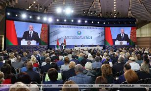 """""""Уходя - уходи"""": Лукашенко посоветовал уехавшим из страны не возвращаться"""