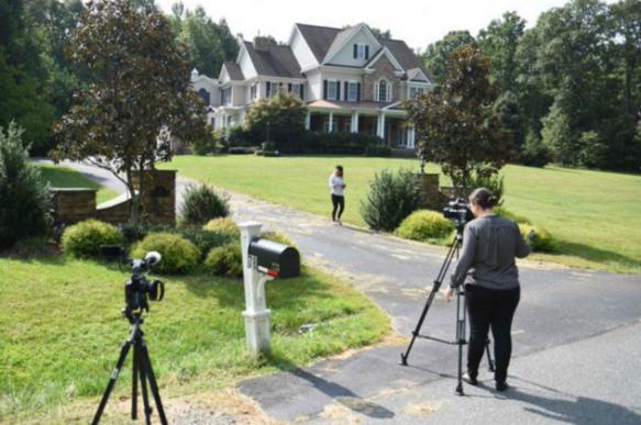 """Сосед """"шпиона"""" Смоленкова в США рассказал о его спешном отъезде из дома"""
