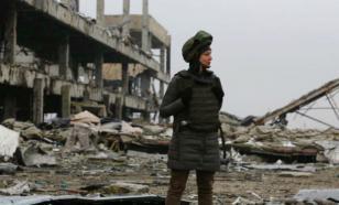 Чичерина прячется от обстрела в блиндаже недалеко от Карабаха