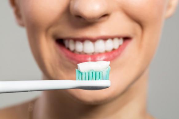 Новинки стоматологии: три необычных средства по уходу за зубами