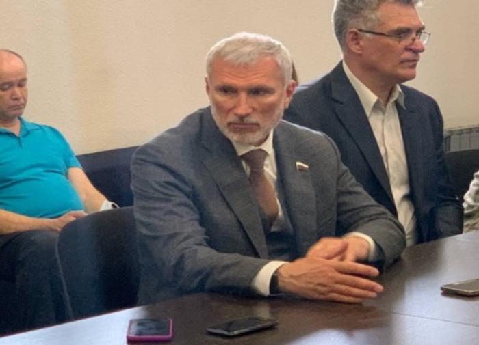 Депутат ГД Алексей Журавлев выступил за поддержку медиков в стране