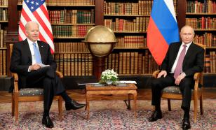 Эксперт увидела по позам американцев, что им на саммите Россия — США неуютно