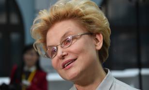 Елена Малышева застряла в лифте и повела себя как профессионал