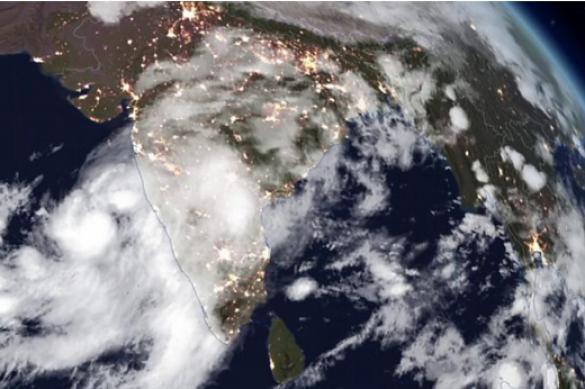 На Индию надвигается сильнейший за 130 лет циклон