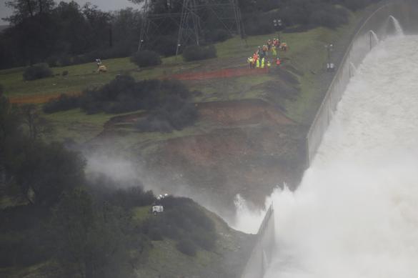 Защитники природы 12 лет назад предупредили о разрушении плотины в США