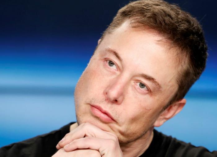 Илон Маск потерял ,5 миллиарда за один день