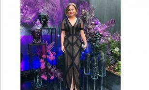 Молодая жена Игоря Николаева вышла в свет в прозрачном платье