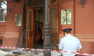 Неизвестный поджёг дверь Астраханской областной думы