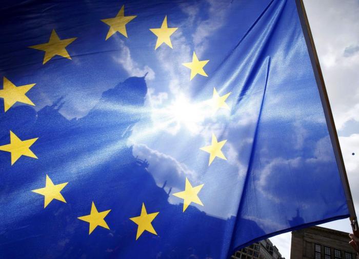 """""""Сейчас всё поможет"""": ЕС готовится к COVID-сертификатам"""