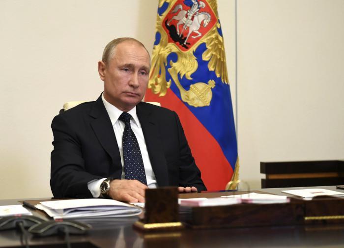 Как видят жизнь Путин и остальная элита