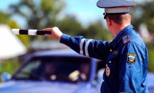 В Волгограде водитель напал на автоинспектора с монтировкой