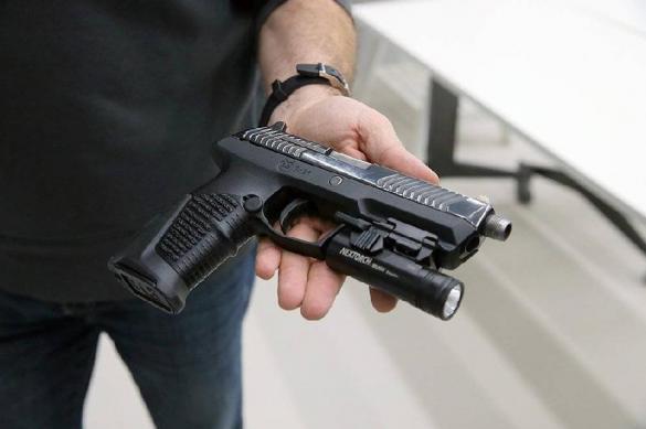 Продажи огнестрельного оружия в США резко выросли