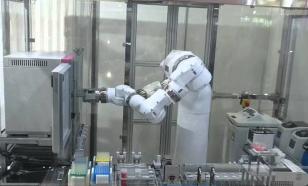 Робот-лаборант ускорит проведение экспериментов в тысячу раз