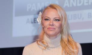 Памела Андерсон обратилась к Владимиру Путину в письме