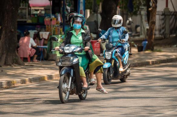Власти Лаоса закрыли границы страны