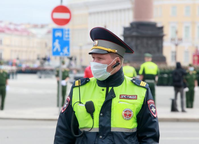 Больше 110 россиян скончались от коронавируса за сутки