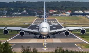 Объёмы авиаперевозок упали на 46%