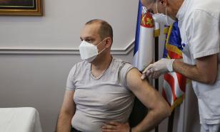 Более трети россиян за вакцинные паспорта